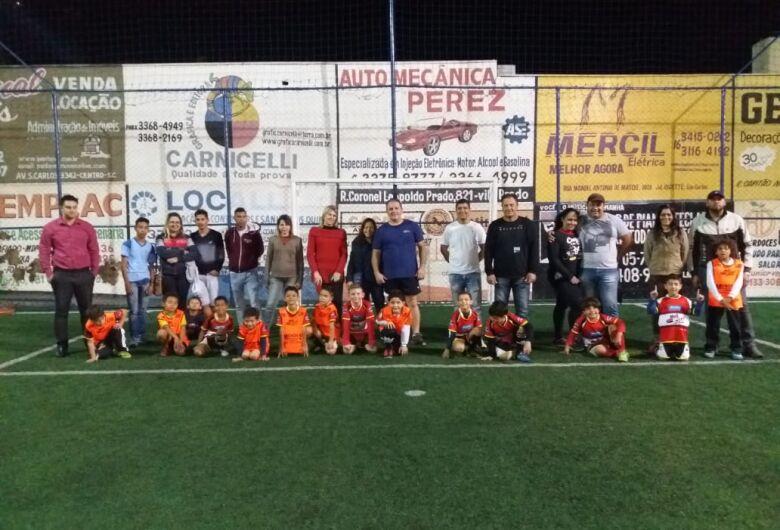 Pais participam de atividades com os filhos na Mult Sport