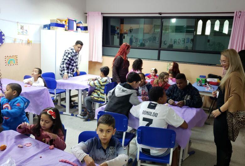 Escola Municipal de Ibaté realiza Festa da Família