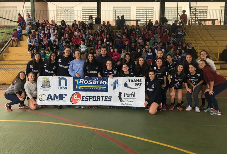 H7 Esportes luta pelo 5º lugar no Paulista e dão exemplo de cidadania em escola municipal