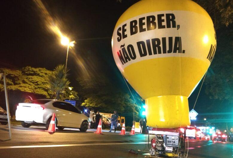 Polícia realiza operação 'Lei Seca' em São Carlos