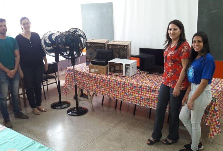 Vereador Elton recebe equipamentos no CRAS Santa Felícia adquiridos por emenda parlamentar