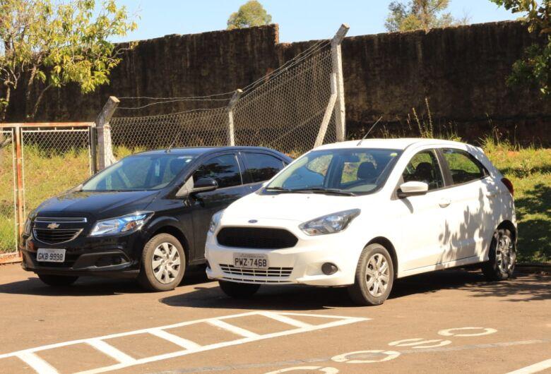 Polícia prende casal acusado de clonar veículos