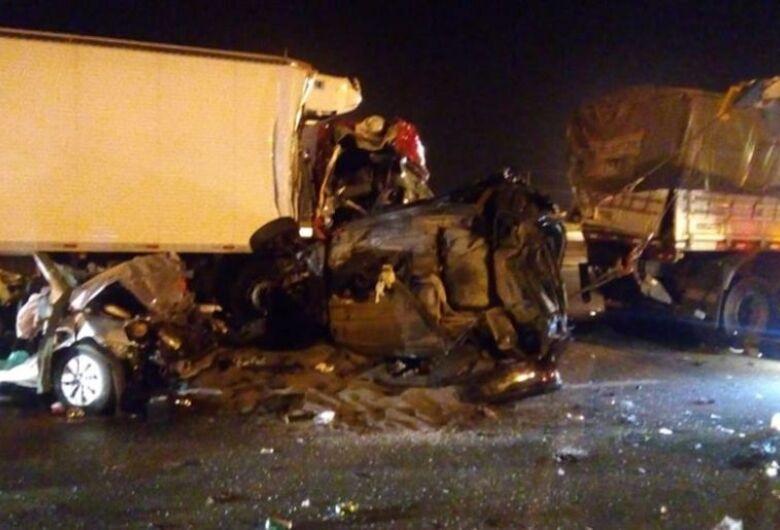 Acidente em rodovia mata pai e filha de cinco anos