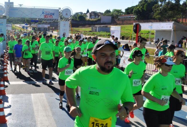 Mais de 2 mil pessoas participaram do Circuito Saúde e Vida