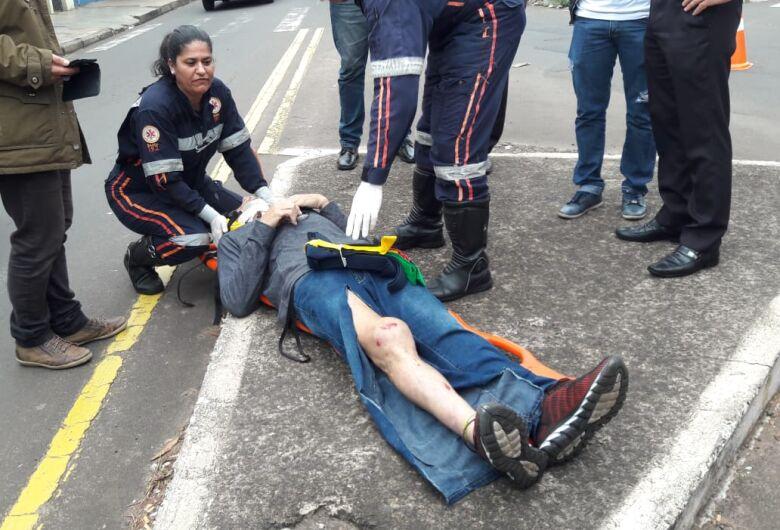 Pai e filho sofrem ferimentos após colisão na Vila Prado