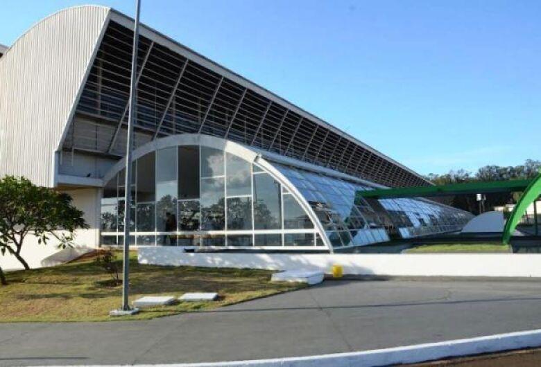 Hospital Universitário inaugura setor de serviço de endoscopia