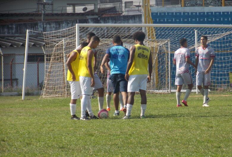 São Carlos anuncia jogo-treino diante do Santos