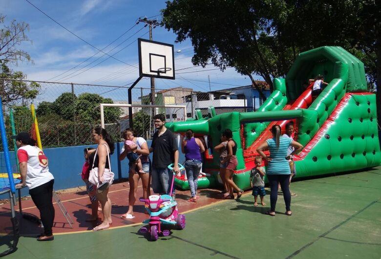 Mais de 500 pessoas prestigiam festa de Dia das Crianças no Jóquei Clube