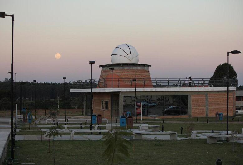 Observatório Astronômico da UFSCar realiza atividade no Dia C da Ciência