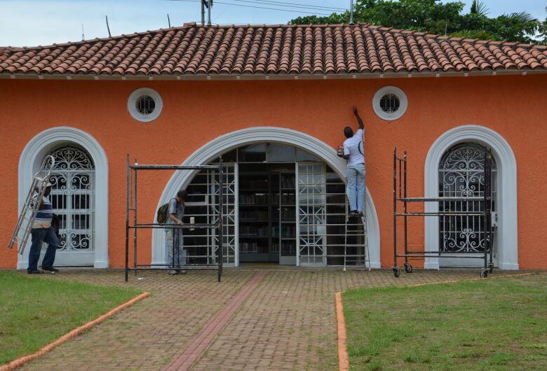 Fios de energia da Biblioteca Amadeu Amaral são furtados