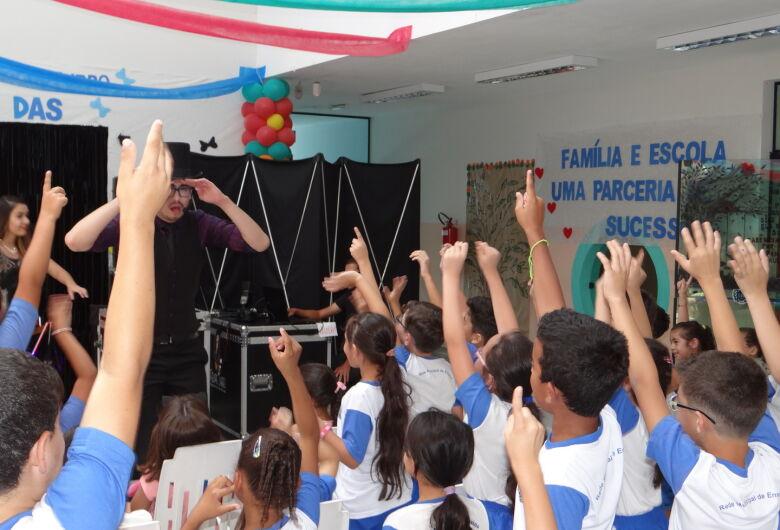 Escolas municipais de Ibaté iniciam comemorações para homenagear os alunos