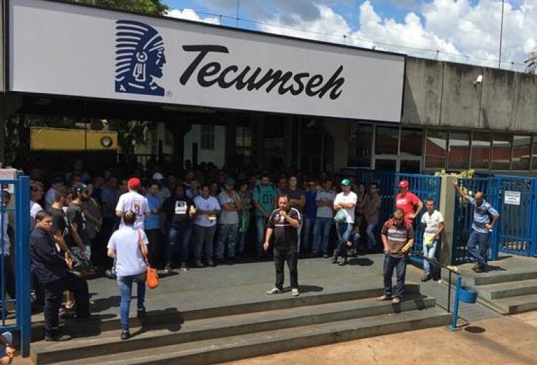 Tecumseh demite funcionários
