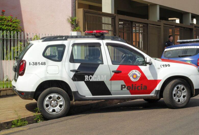 Rocam detém acusado de participar de assalto em revenda de veículos