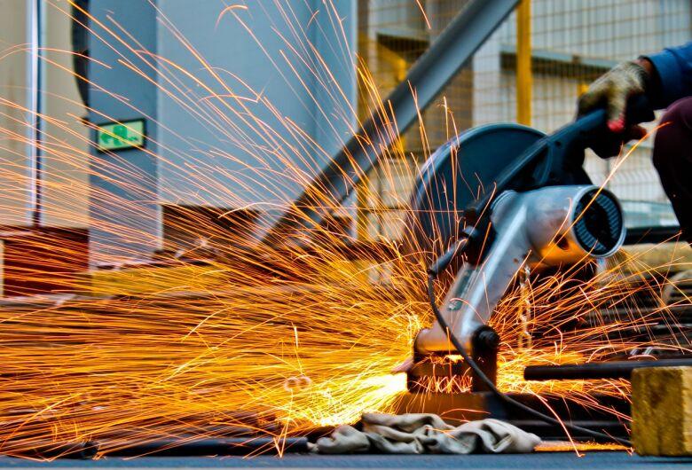 Emprego na indústria cai na região de São Carlos