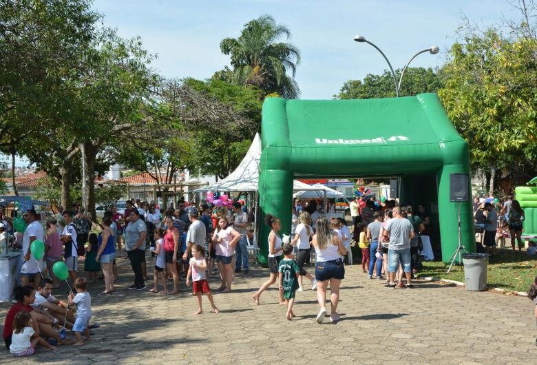 Unimed na Praça reúne 1.500 crianças na Praça Brasil