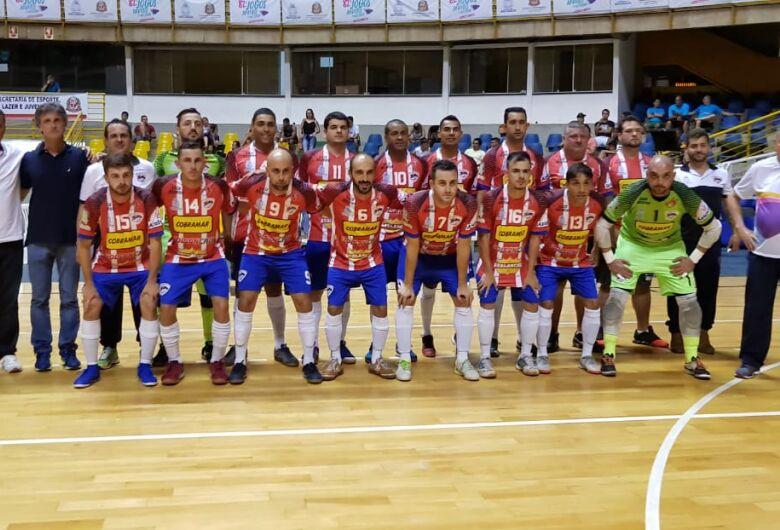 São Carlos Futsal passa para as quartas de final com campanha invicta