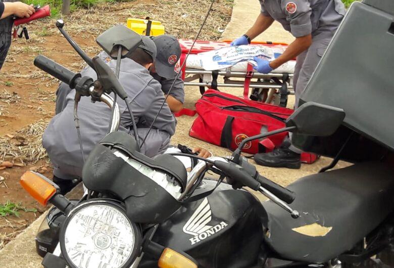 Motoboy se envolve em acidente no Santa Felícia