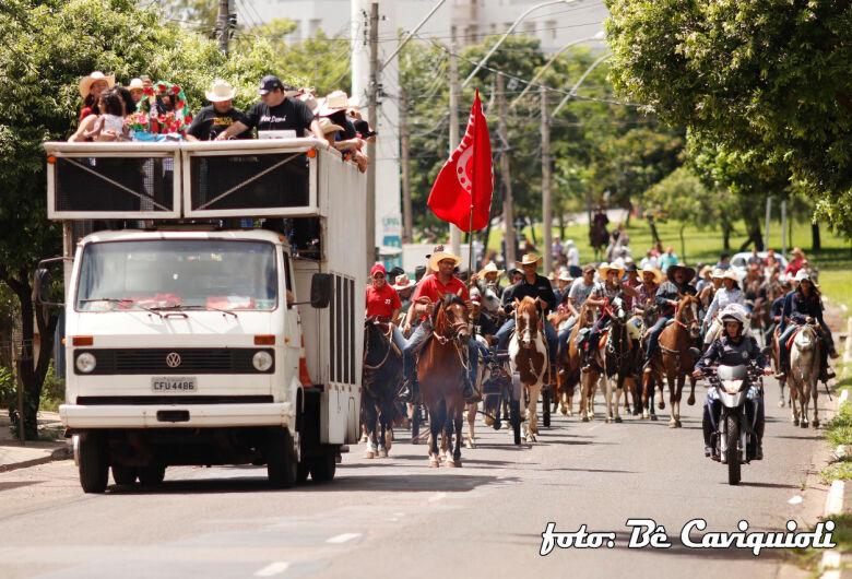 Cavalgada arrecada R$ 13,7 mil para ajudar na construção do Centro Catequético Papa Francisco da Paróquia de São Cristóvão