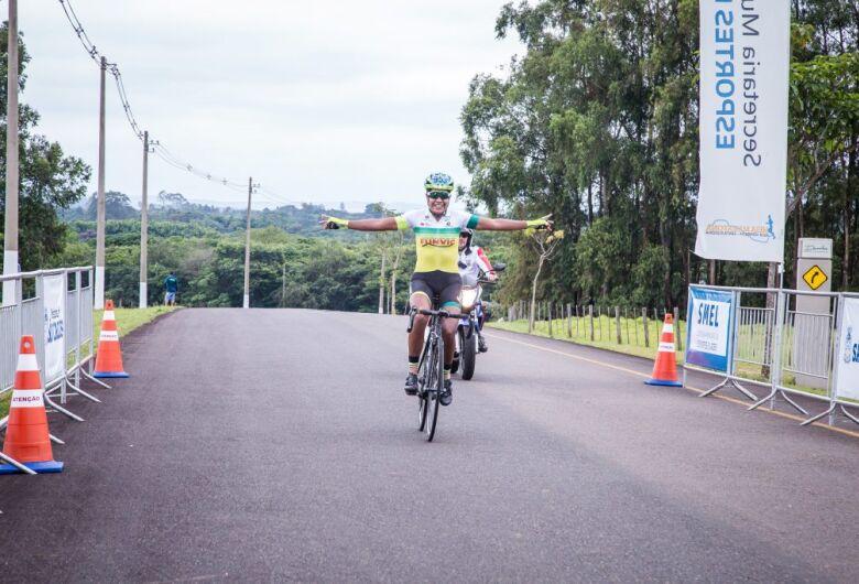 Bicampeã brasileira, ciclista de São José dos Campos é ouro