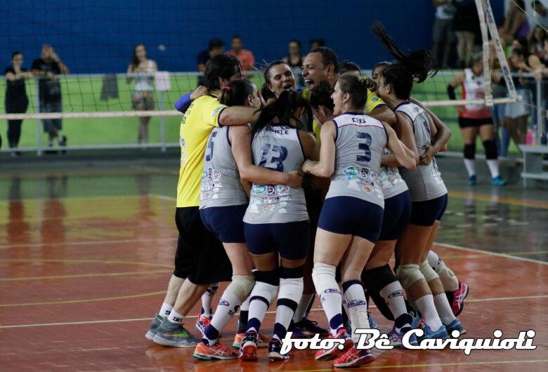 Com ginásio lotado, Country surpreende e conquista a 4ª Copa AVS/Smel