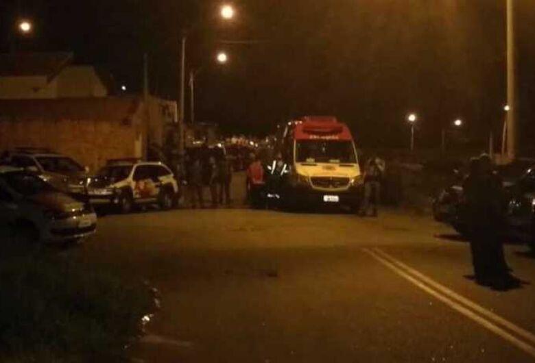 Homem assassina ex-mulher e se mata com bebê no colo em cidade da região