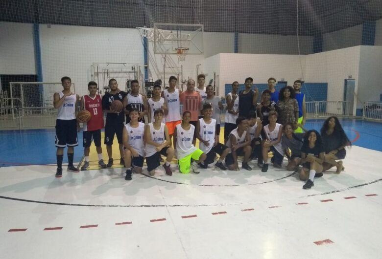 Caraguatatuba recebe são-carlenses para 'camp' de basquete