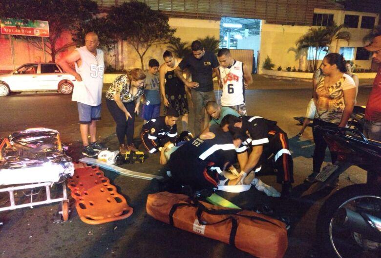 Jovem sofre ferimentos graves após colisão na Vila Morumbi