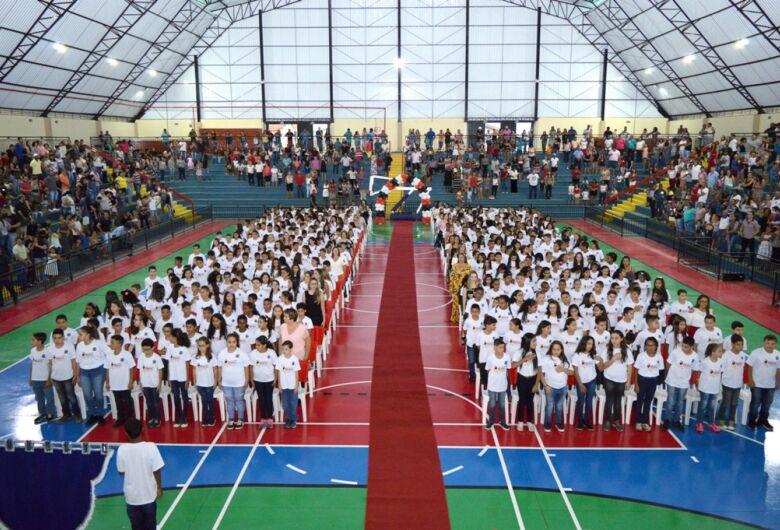 De volta a Ibaté, Proerd da PM forma aproximadamente 500 alunos
