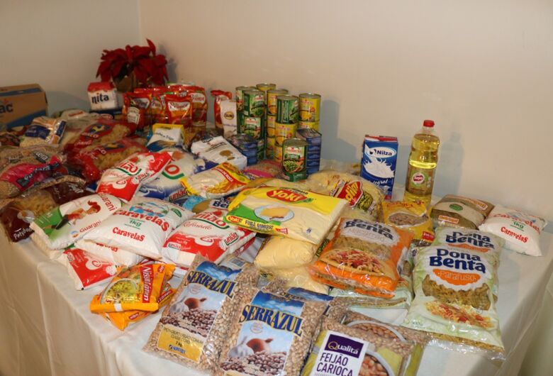 Ciesp arrecada 70 kg de alimentos e R$ 3 mil para creche da Vila Isabel