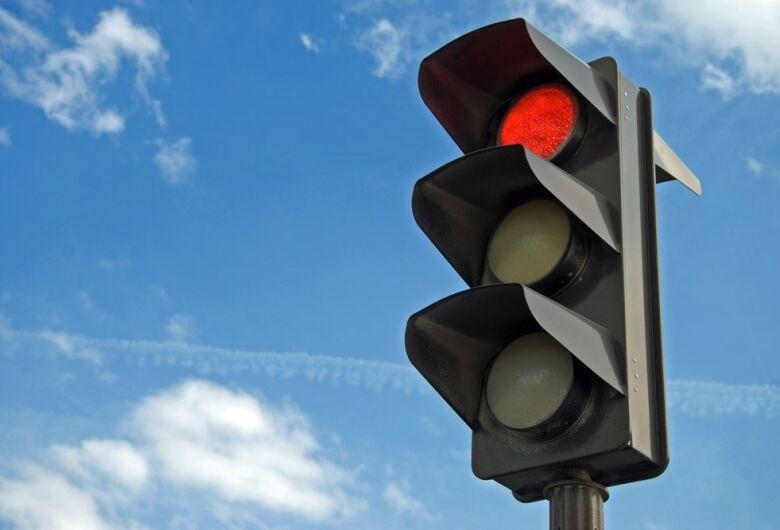 Semáforos da Regit Arab entrarão em funcionamento na próxima segunda-feira