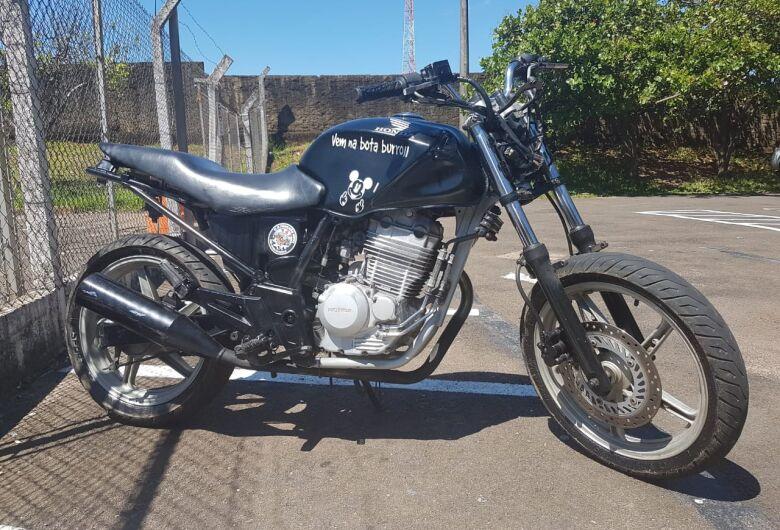 Moto furtada é apreendida no Antenor Garcia