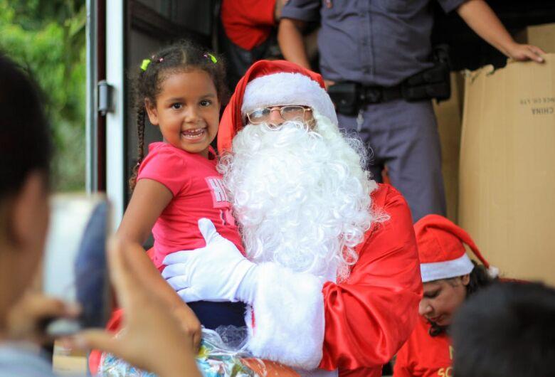 Festa de Solidariedade proporciona alegria a centenas de crianças