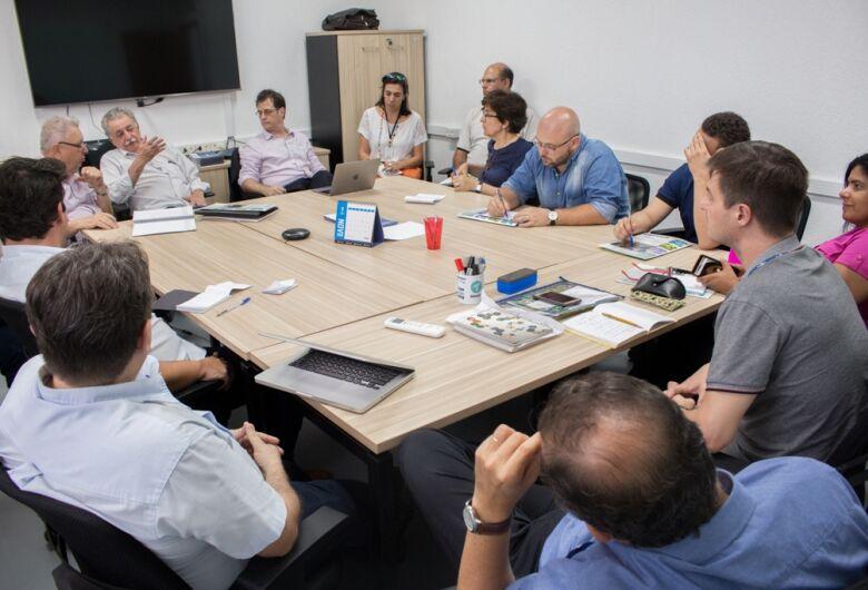 Problemas de São Carlos são discutidos entre Prefeitura e USP