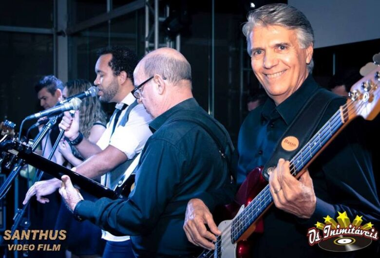 """""""Os Inimitáveis"""", a banda que viveu e reviveu um sonho"""