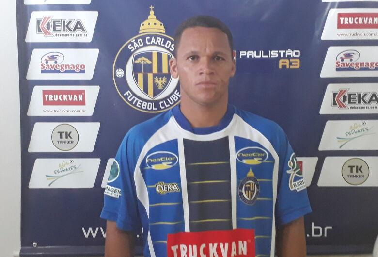 Jônatas Bachola é o novo atacante do São Carlos