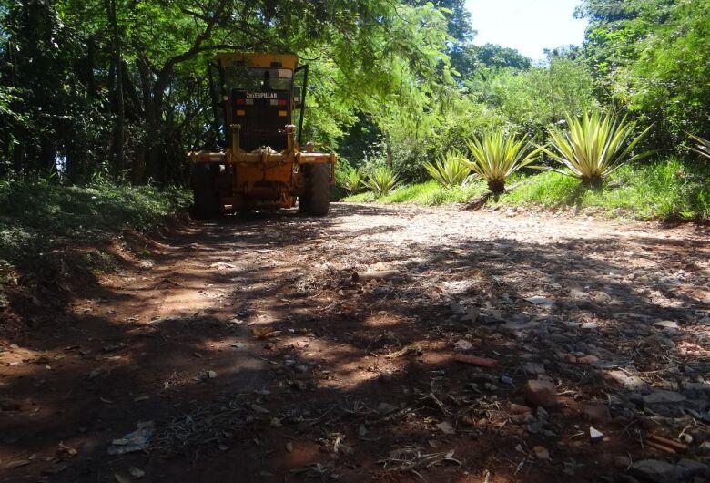 Após pedido do vereador Elton, Prefeitura realiza manutenção nas estradas do Balneário 29