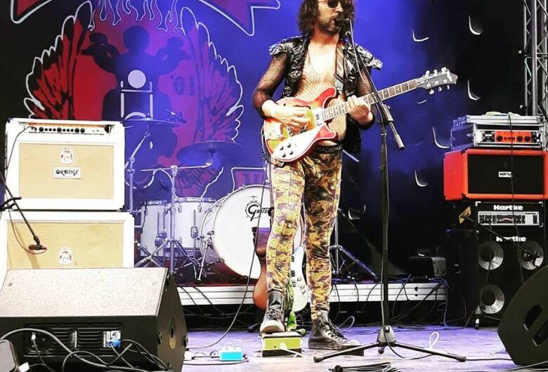 Dr Crazy One Mad Band faz shows no interior; um será em São Carlos