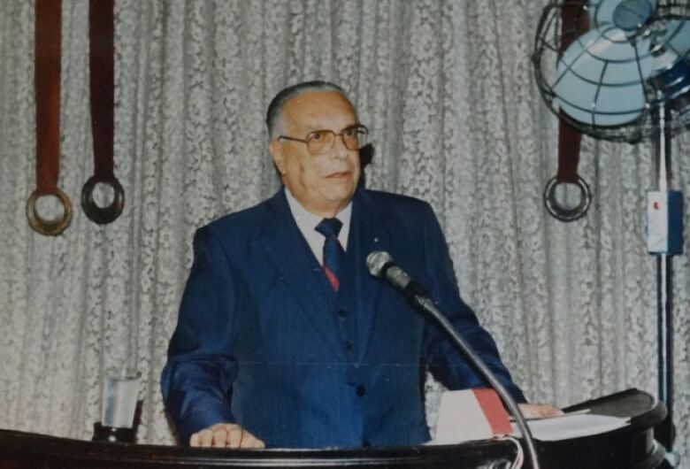 Dr. Moruzzi, educador, advogado e político à frente de seu tempo