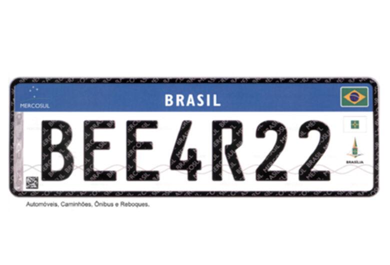 Contran adia para julho novo modelo de placas do Mercosul