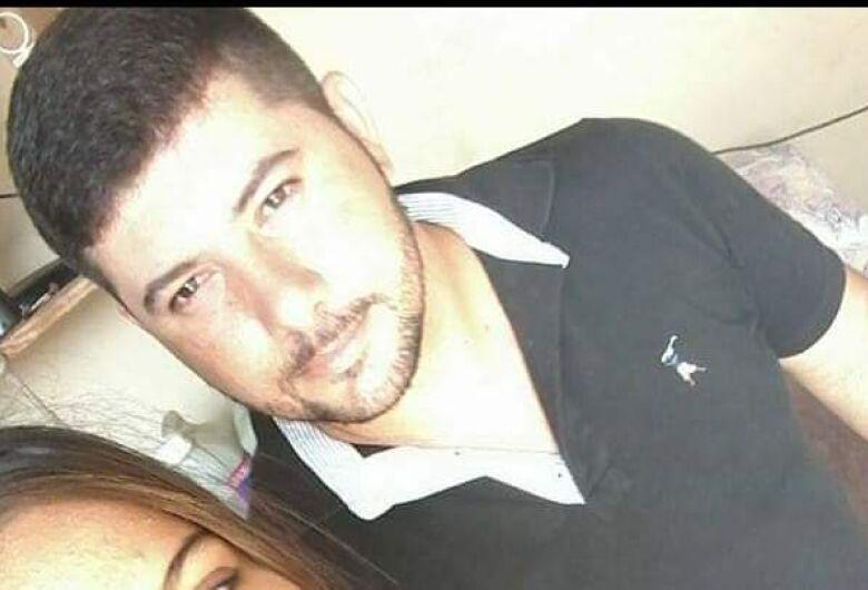 Polícia procura homem acusado de matar sobrinha com tiro na cabeça