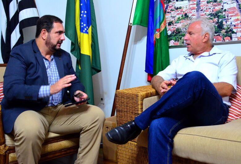 Deputado estadual Julio Cesar visita prefeitos da região central