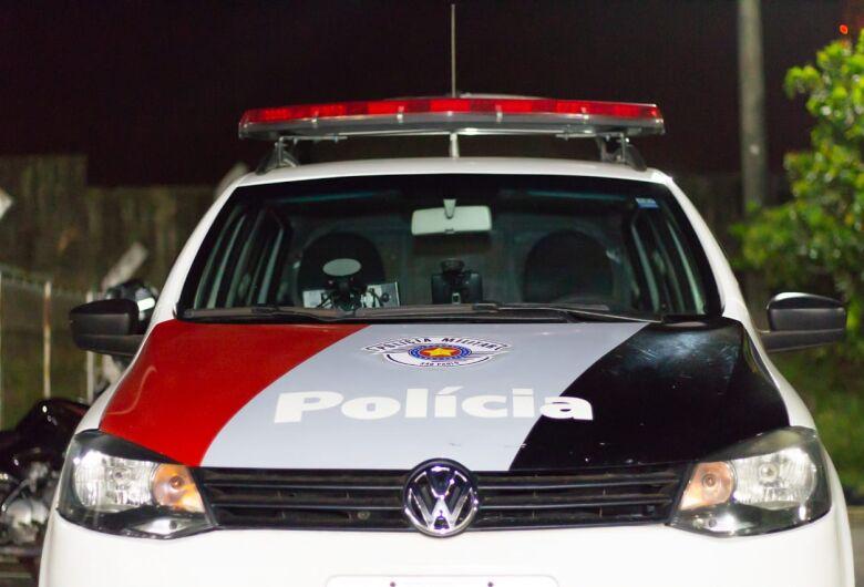 Trio armado leva Hornet em Porto Ferreira