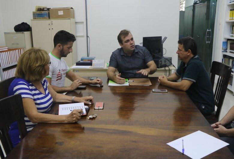 Vereadores da CPI da merenda realizam primeira reunião