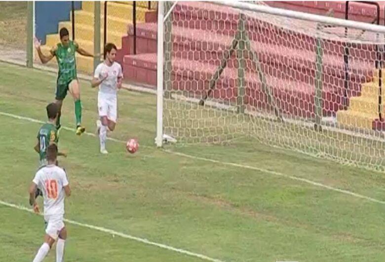 Desportivo Brasil atropela o Rio Preto e volta a encostar no Velo que só empatou em São Carlos