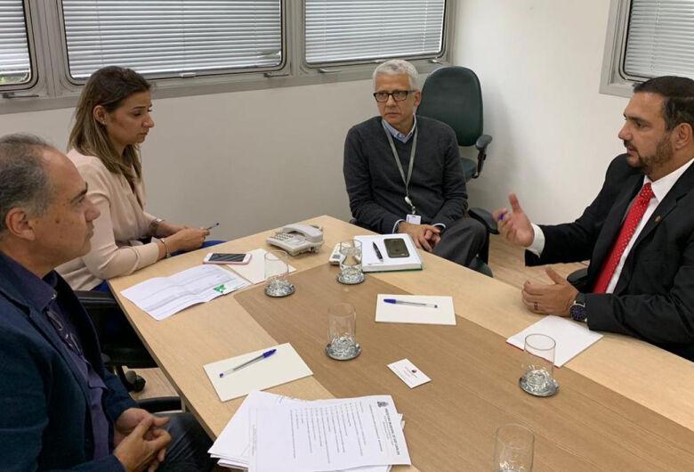 Julio Cesar participa de reunião na Desenvolve SP com secretário municipal de São Carlos