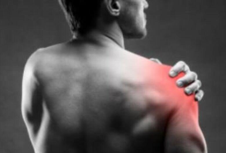 Pesquisa em São Carlos oferece tratamento para dor no ombro