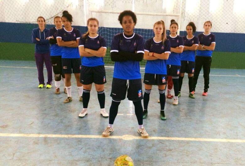 Meninas do futsal retornam aos treinos e ASF abre as portas para novos talentos