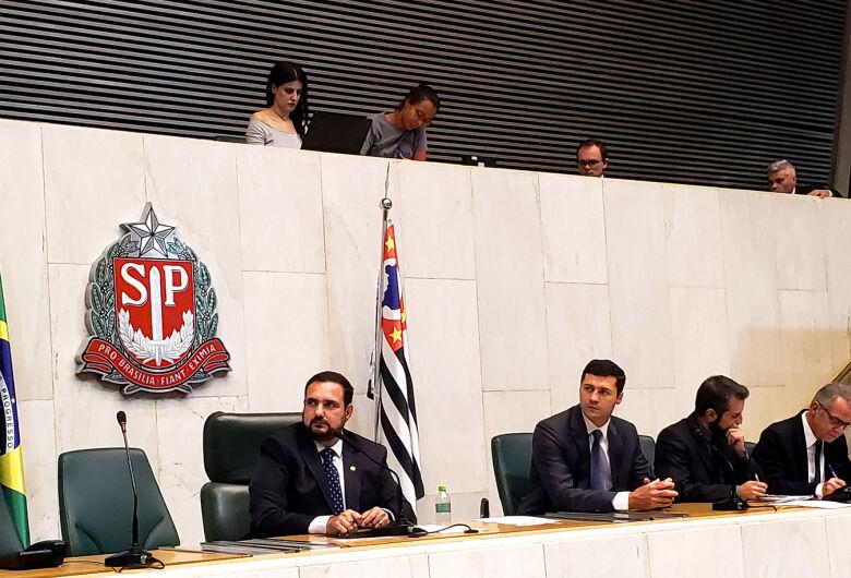 Deputado estadual Julio Cesar preside sessão ordinária na Alesp