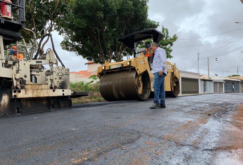 Tem início recapeamento de ruas da Vila Irene