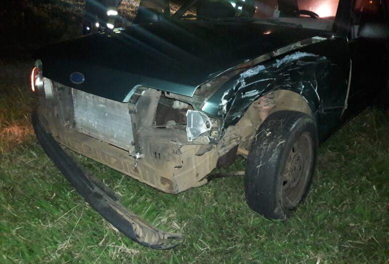Motorista bate em traseira de carro na Washington Luiz e foge